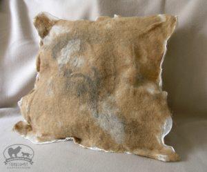 Kissen aus Eurasierwolle