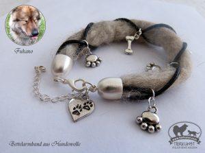 06 Bettelarmband aus Hundewolle