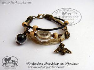 06 Armband mit Glashohlperlen mit Tierhaar