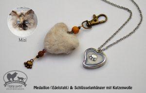 01 Schlüsselanhänger Herz aus Katzenwolle