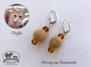 13 Ohrringe aus Katzenwolle