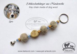 11 Schlüsselanhänger aus Hundewolle