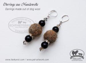 11 Ohrringe aus Hundewolle
