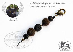 13 Schlüsselanhänger aus Katzenwolle